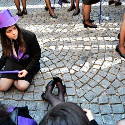 Dos caloiros aos cartolados, os estudantes da Academia percorreram o Porto desde as 15h até de madrugada