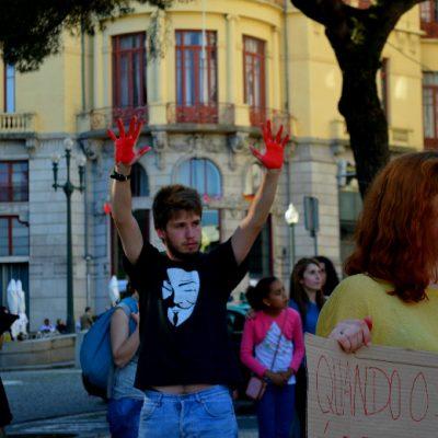 Alguns manifestantes acabaram por se emocionar
