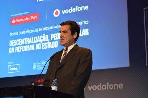 """Rui Moreira: """"um país que não descentraliza é um país desconfiado"""""""