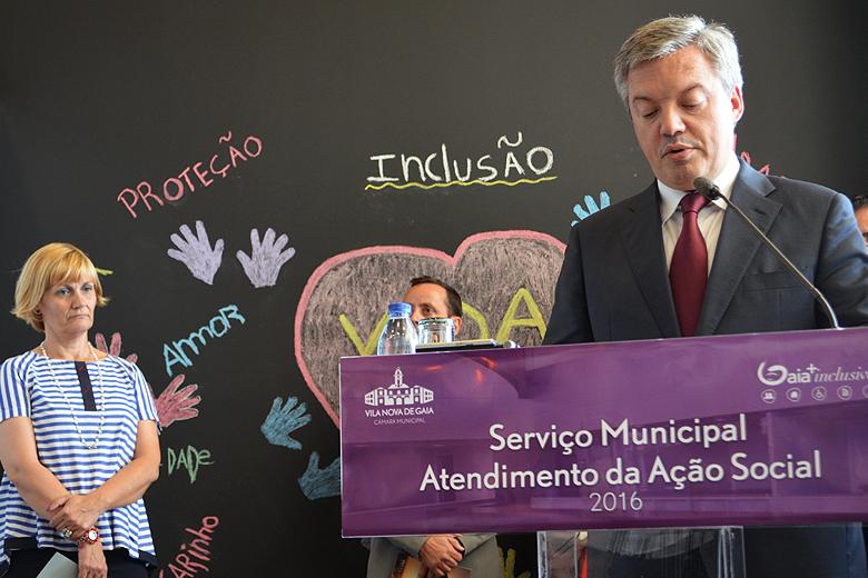 """Eduardo Vítor Rodrigues e Elisa Cidade apresentaram o programa """"Gaia +Inclusiva""""."""