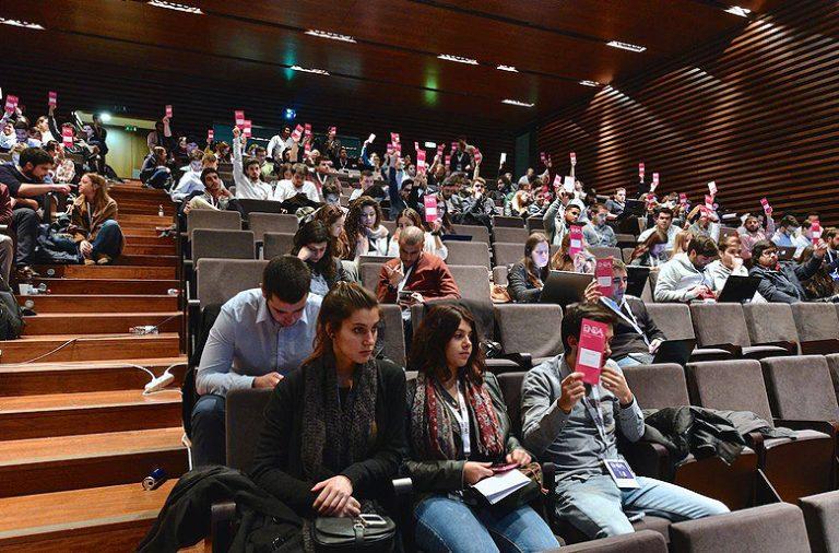 Associações académicas reuniram-se este fim de semana em Vila Real. O pedido de congelamento da refeição social e a gratuitidade de taxas e emolumentos online são propostas que os estudantes vão levar ao Palácio das Laranjeiras.