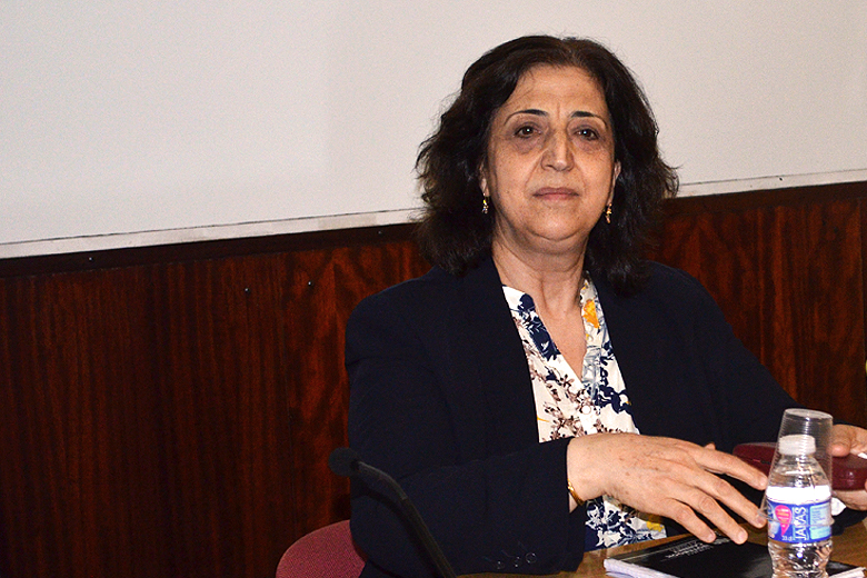 Sinam Mohamad é a representante externa da Administração Democrática de Rojava.