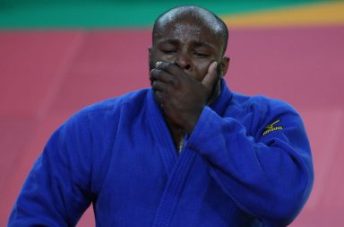 Jorge Fonseca caiu ao segundo combate exausto e em lágrimas.