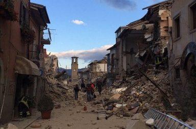 A região centro da Itália foi sacudida por um forte sismo esta madrugada.