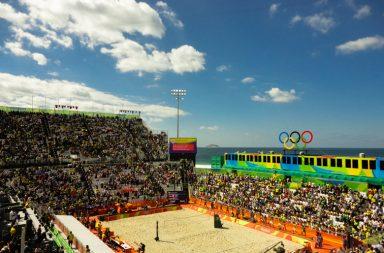 A Arena do Voley de Praia está instalada na Praia de Copacabana.