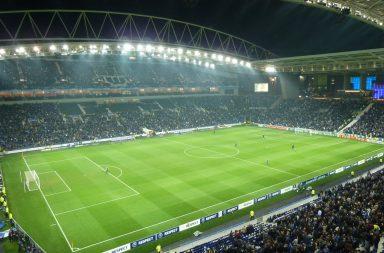 Regresso da Primeira Liga com vitória por 3-0 em casa para o FC Porto.