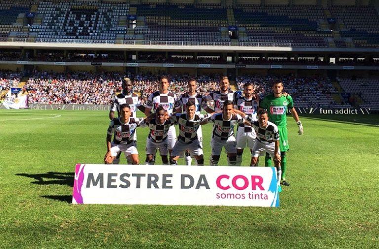 A equipa da casa não conseguiu bater o Feirense no Bessa.