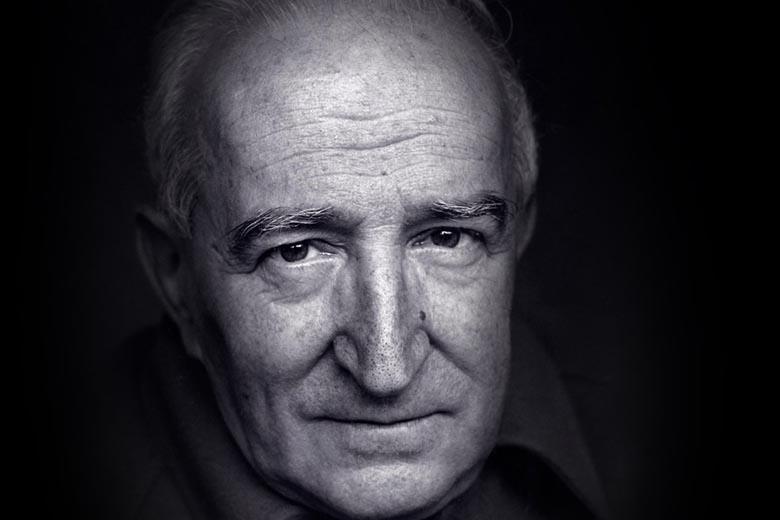 Eduardo Lourenço é filósofo e ensaísta.