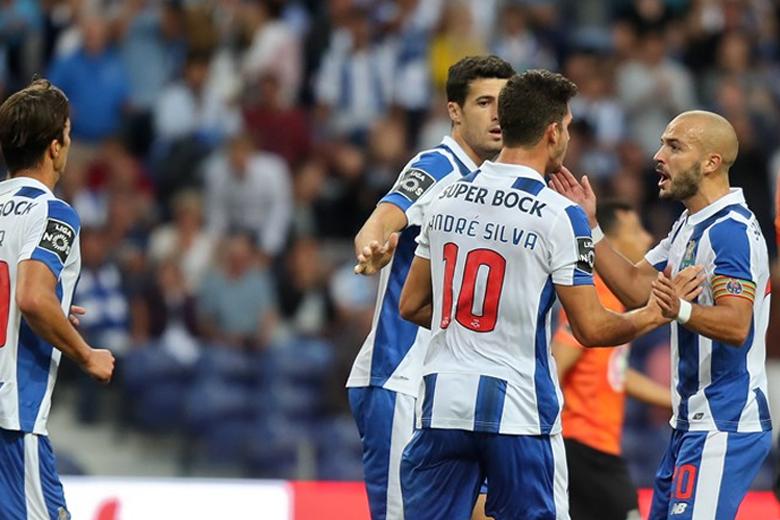 O FC Porto regressou às vitórias esta sexta-feira no Dragão.