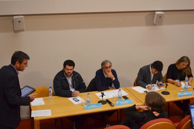 O reitor da UP esteve na sessão de abertura do fórum.