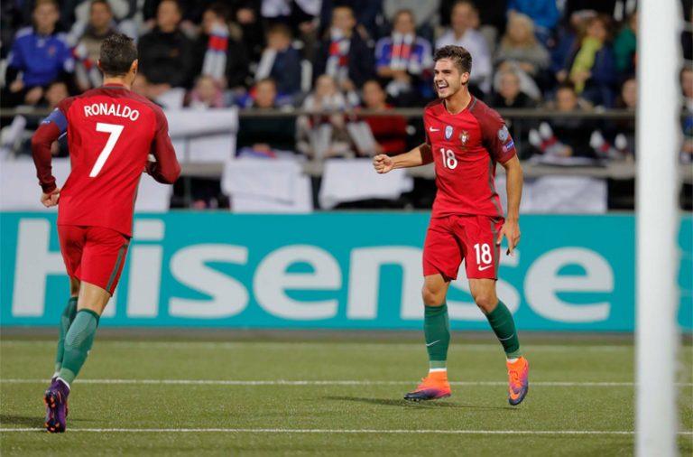 """André Silva fez o primeiro """"hat-trick"""" ao serviço da seleção portuguesa."""