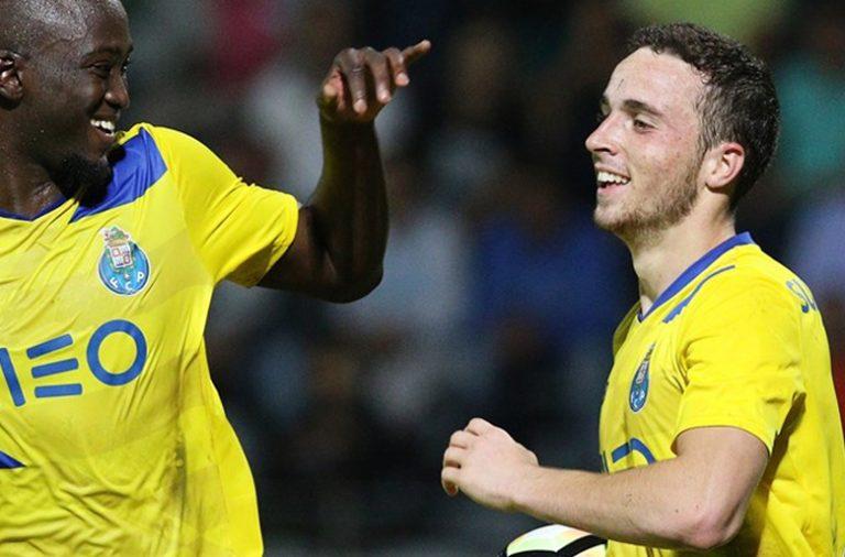 Diogo Jota acertou por três vezes nas redes do Nacional e foi a figura do jogo.