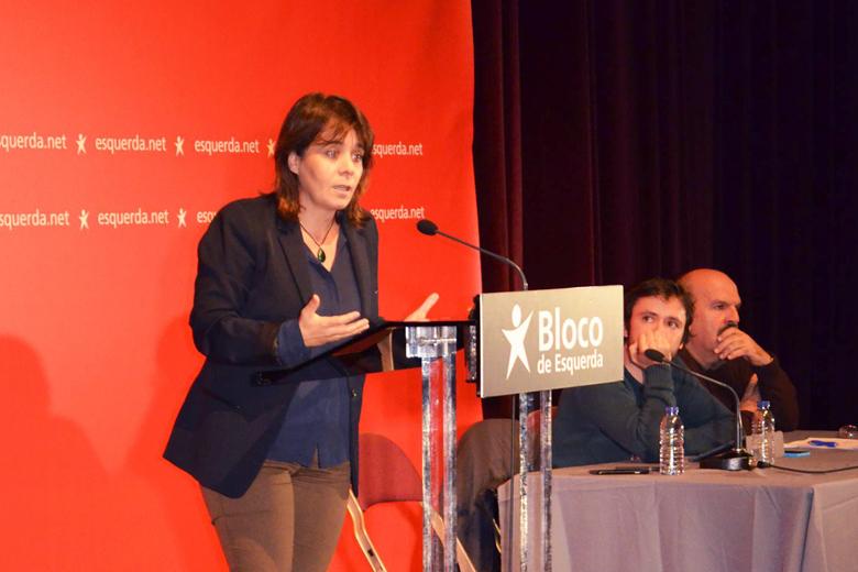 Catarina Martins esteve no Porto acompanhada por José Soeiro e Henrique Borges.
