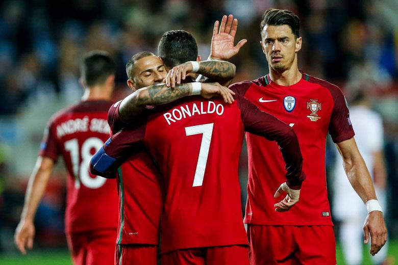 Portugal venceu a Letónia por 4-1.