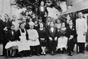 Empregados do Grande Hotel de Paris (1930).