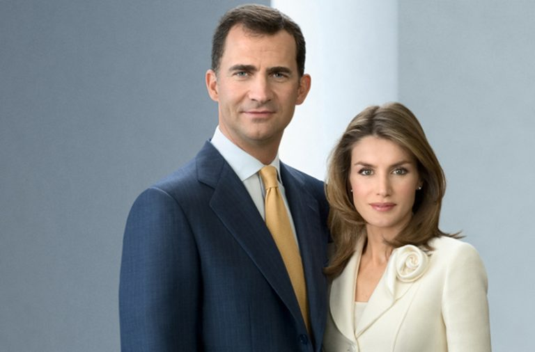 Visita oficial a Portugal dos Reis de Espanha entre 28 e 30 de novembro.