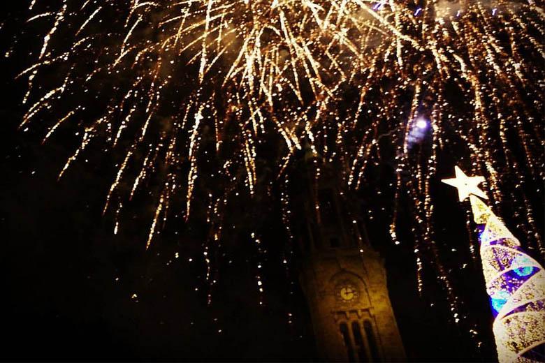 Os Aliados são o centro da festa de fim de ano portuense.