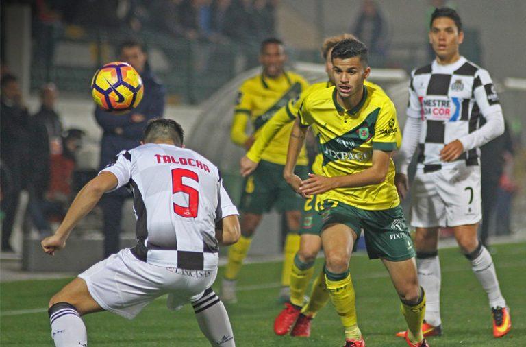 O Paços de Ferreira venceu por 2-1 o Boavista na Mata Real.