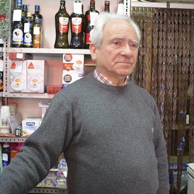 Vasco Monteiro, dono de mercearia