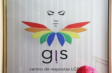 O centro de respostas LGBT está em funcionamento desde Janeiro.