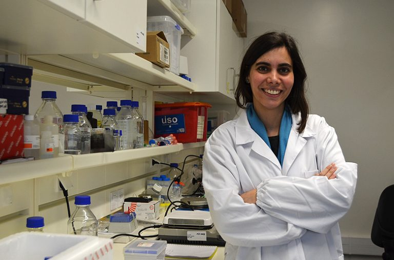 Maria Inês Almeida tem 33 anos e é investigadora no i3S.