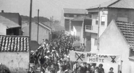 Na década de 70 a população de Ferrel manifestou-se contra a construção de uma central nuclear.