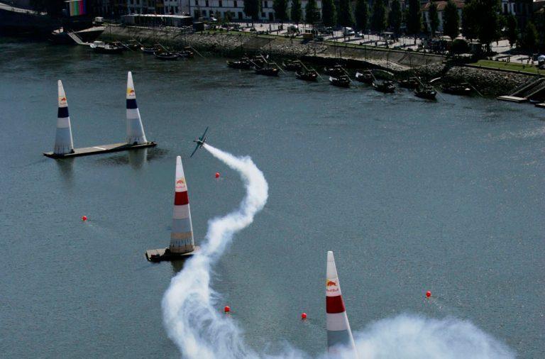 Circuito no rio Douro Red Bull Air Race
