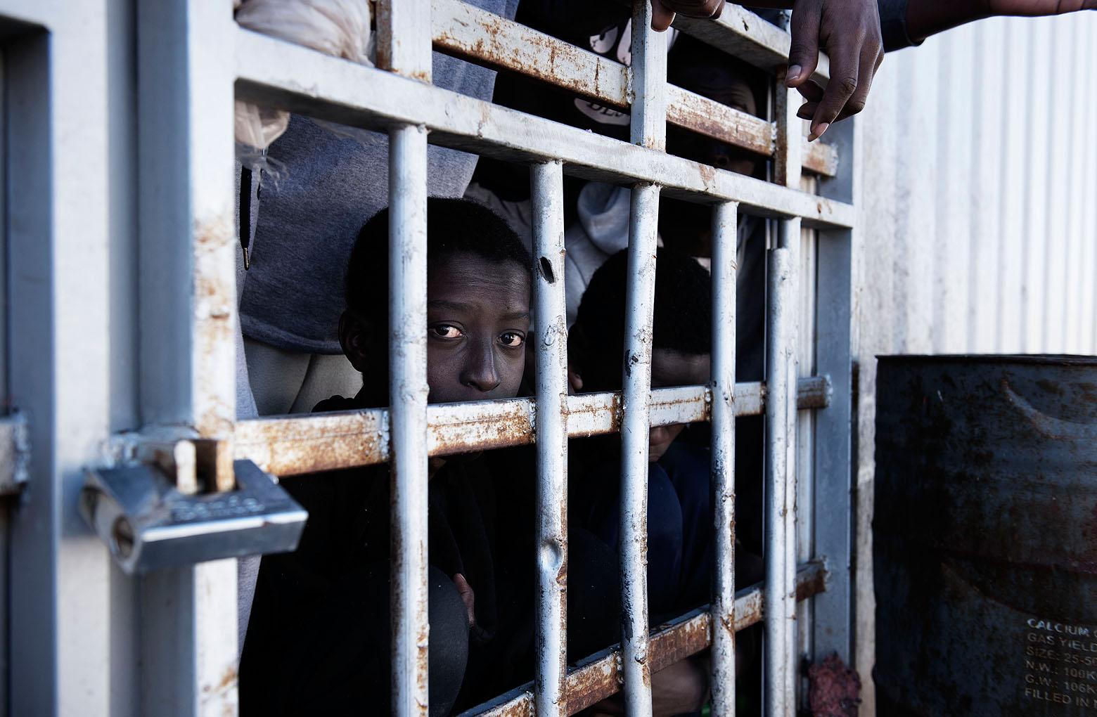 O relatório da UNICEF contabilizou 256 mil migrantes na Líbia, entre os quais estavam 23.102 crianças. Um terço não estavam acompanhadas.