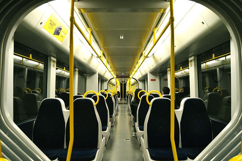 O metro não parou de circular, mas mais vazio do que o habitual. Foto: Mafalda Maria Rodrigues
