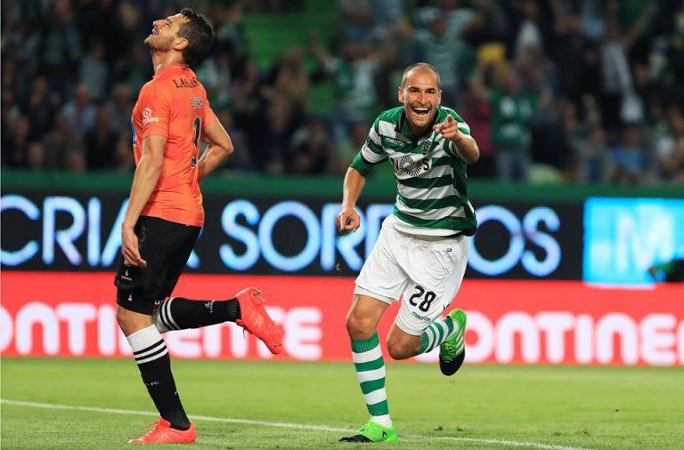 Bas Dost fez três golos e dificilmente verá fugir o título de goleador do campeonato.