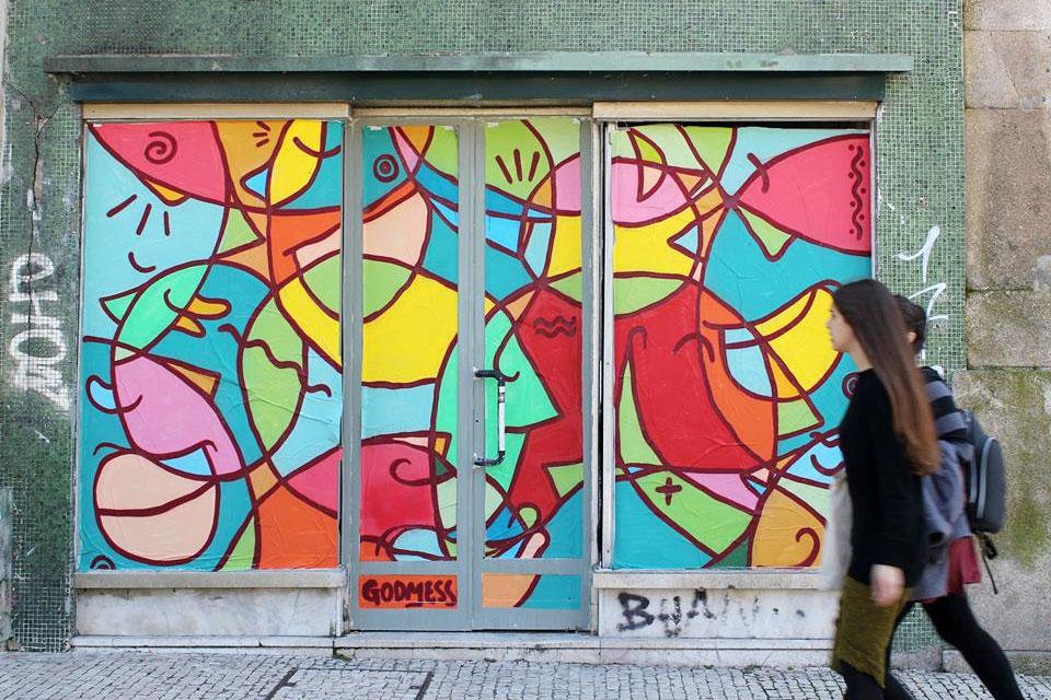 Godmess é um dos artistas que espalha cor pela Invicta.