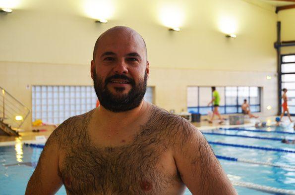 Joaquim Carvalho, 34 anos, aluno de Hidroginástica há 10 anos. Foto: Beatriz Carneiro
