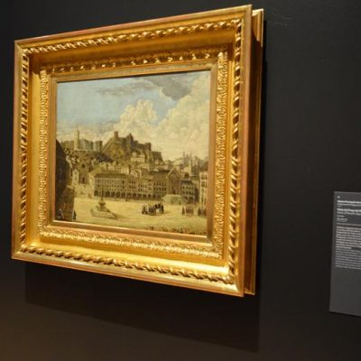 """""""Vista da Praça do Rossio"""", uma pintura de autor desconhecido. Alguns dos edifícios retratados já não existem, devido aos terramotos de 1531 e 1755."""