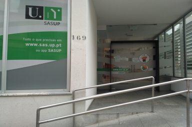 A greve da função pública desta sexta-feira, encerrou três cantinas da Universidade do Porto e afetou muitos hospitais e escolas do país.