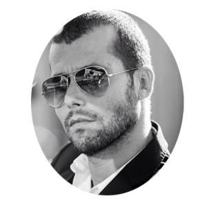 Max Oliveira, bailarino profissional e líder da Momentum Crew.