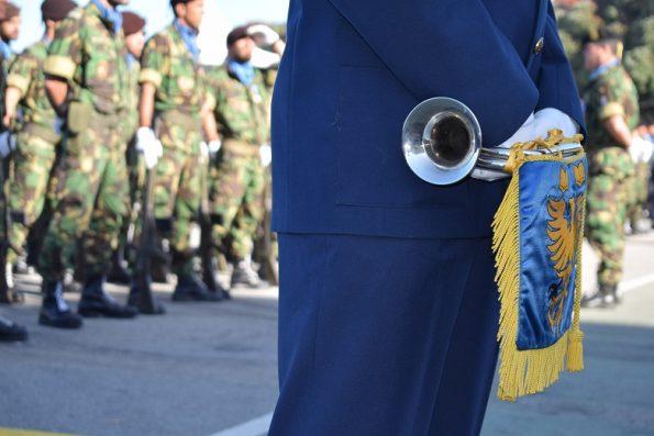Os militares respondiam aos diversos toques da corneta, cada um com diferente significado.