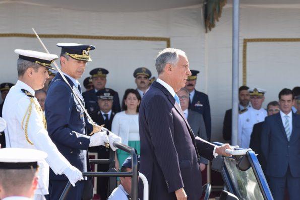 Marcelo Rebelo de Sousa durante a revista às Forças Armadas.