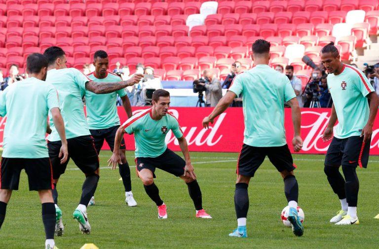 Portugal na adaptação ao estádio de Kazan.