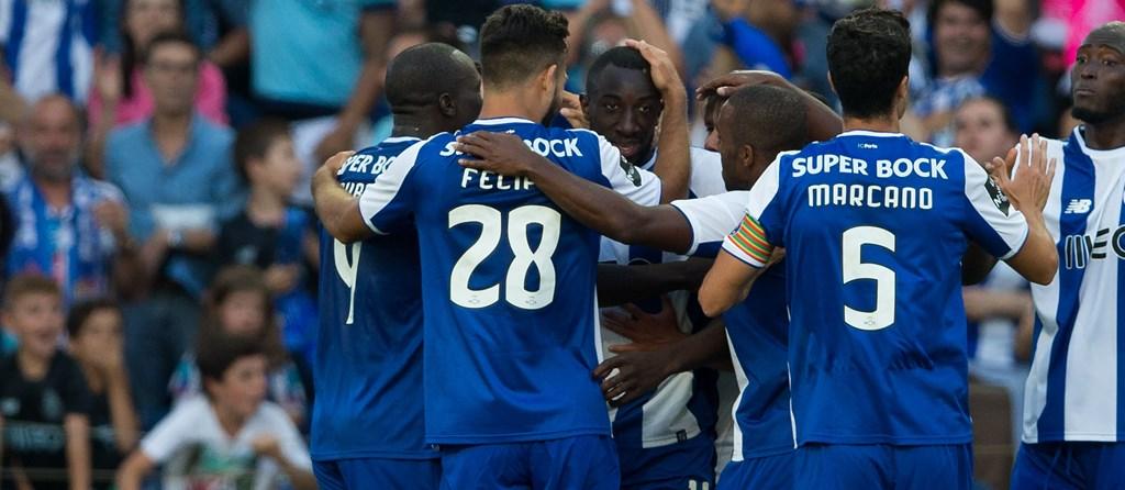 O FC Porto entrou na temporada com uma goleada sobre o Estoril.