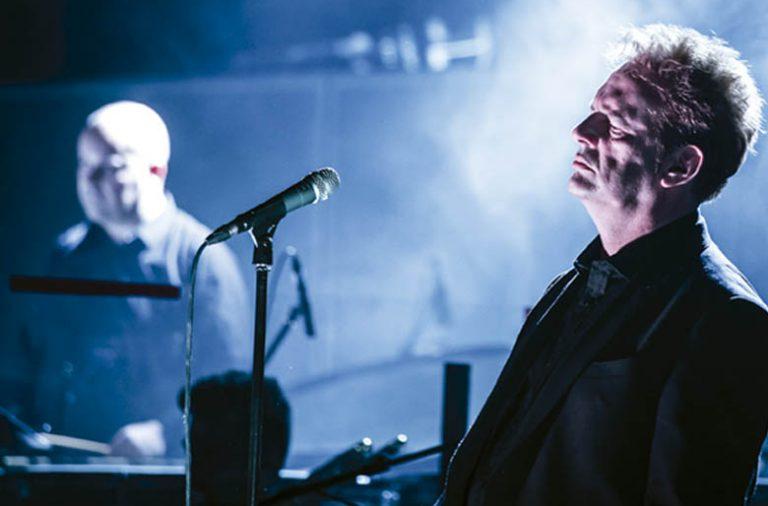 Adolfo Luxúria Canibal comandará o espetaculo de reencontro dos Mão Morta com a Remix Ensemble.