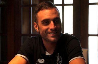 Raúl Alarcón, da W52-FC Porto, venceu o Dragão de Ouro para melhor Atleta do Ano.