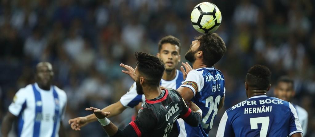 Encontro da Taça da Liga terminou sem golos no Dragão.