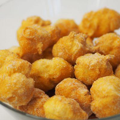 Na mesa de Natal, também houve espaço para doces tradicionais portugueses.