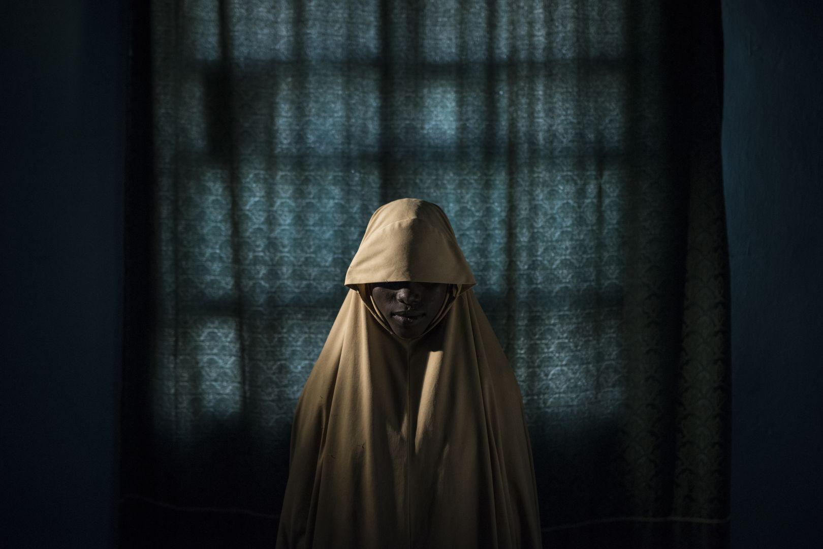 Aisha, 14 anos, vítima de rapto pelo Boko Haram, na Nigéria