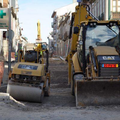 Obras na Rua do Bonjardim da responsabilidade da Águas do Porto