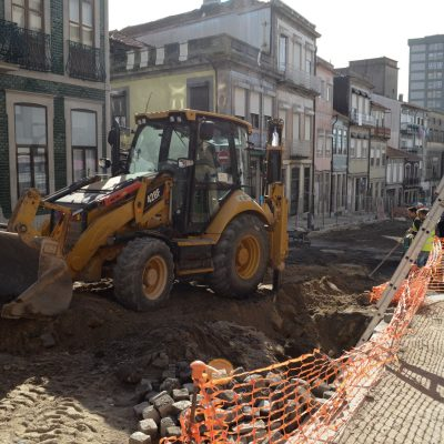 As obras vão estender-se até ao final do mês de abril.