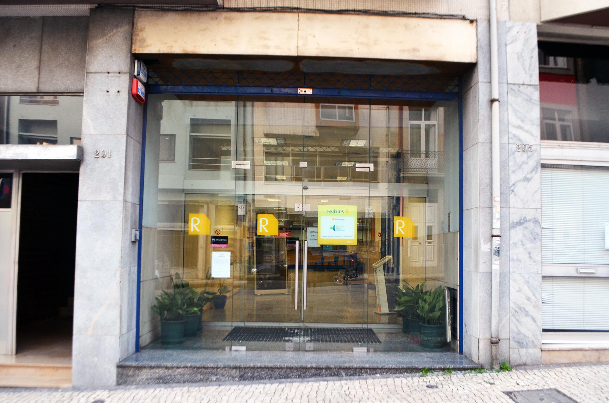 O Sindicato dos Trabalhadores do Registo de Notariado já alertam para a falta de condições das instalações desde 2013.