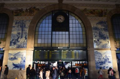 A Estação de São Bento é uma das demonstrações mais evidentes do trabalho de Jorge Colaço.