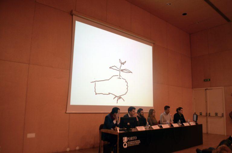 Painel jovem com ilustrações em tempo real de Dário Cannatà