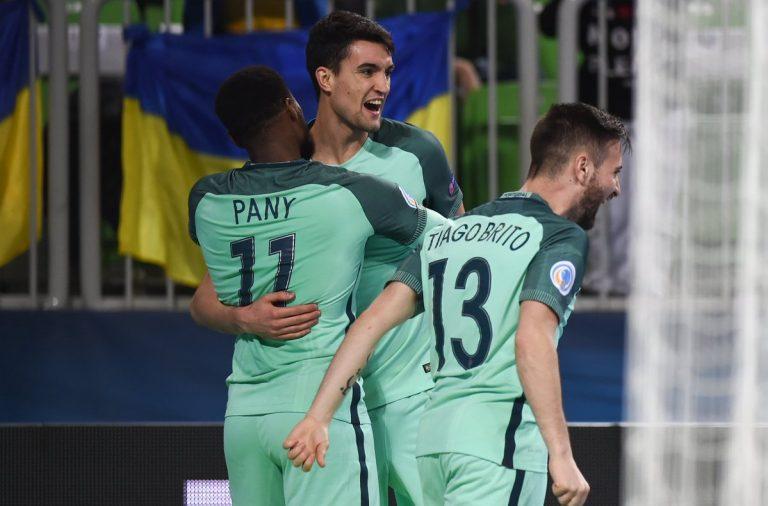 026a75ae31 André Coelho marcou dois golos no triunfo da seleção portuguesa. Twitter  Futsal Euro 2018